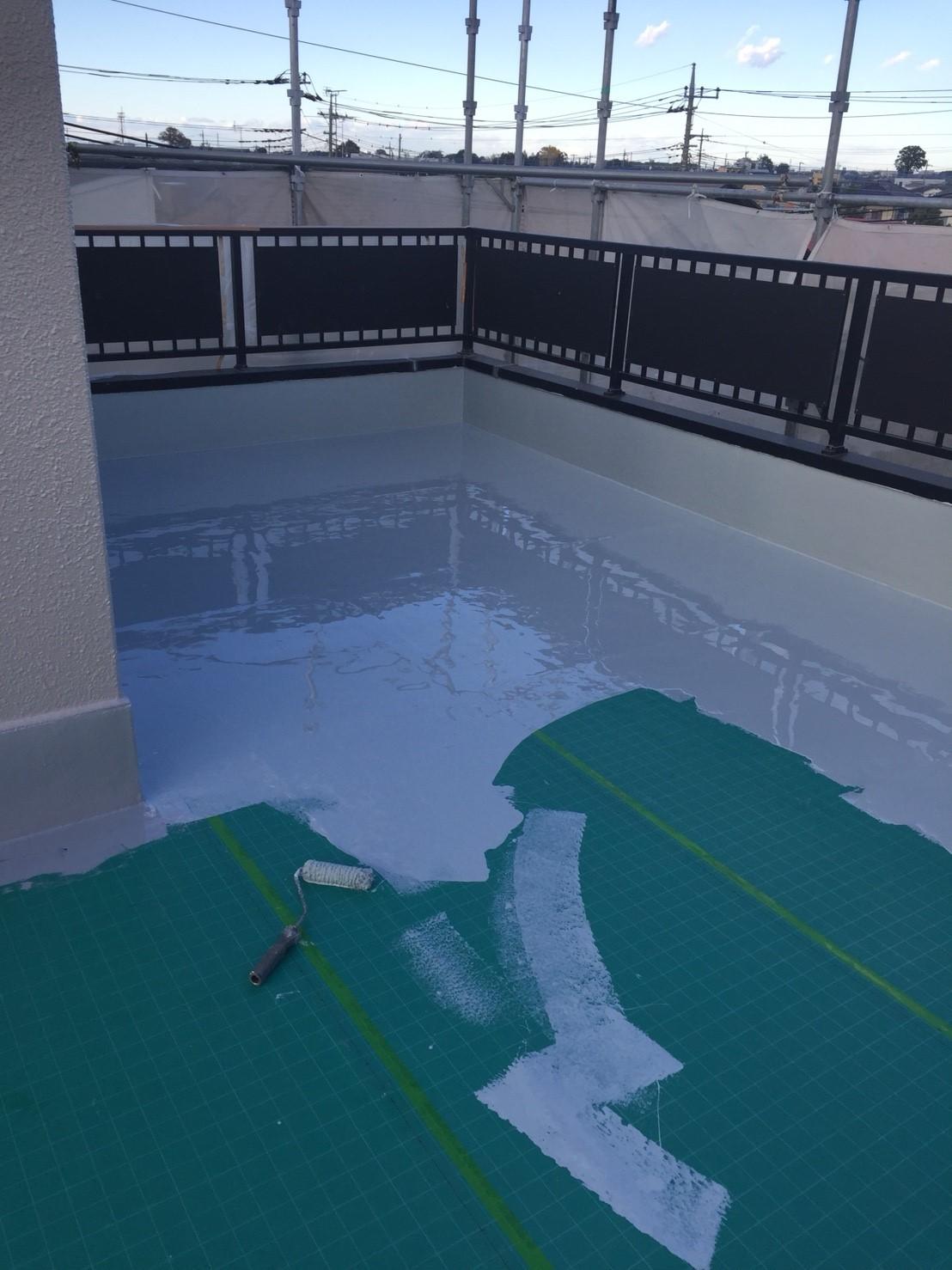 既存トップコートの劣化による屋上の防水工事(ウレタン防水・通気緩衝工法) 埼玉県さいたま市見沼区にお住いのT様邸の雨漏り修理