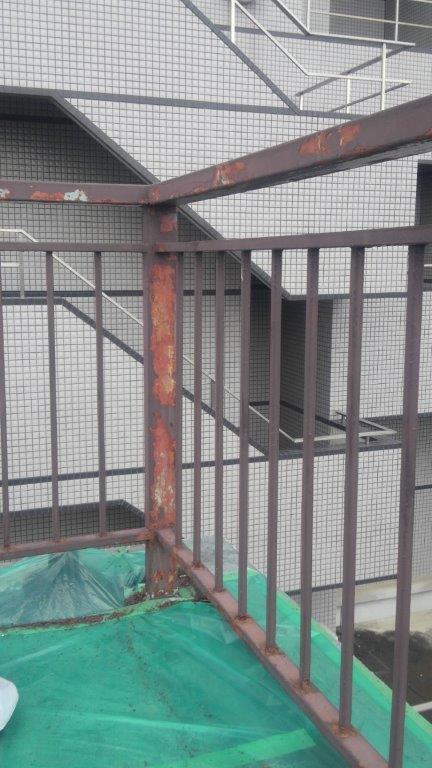 鉄骨階段の塗装工事|埼玉県さいたま市中央区のT様邸にて塗り替えリフォーム