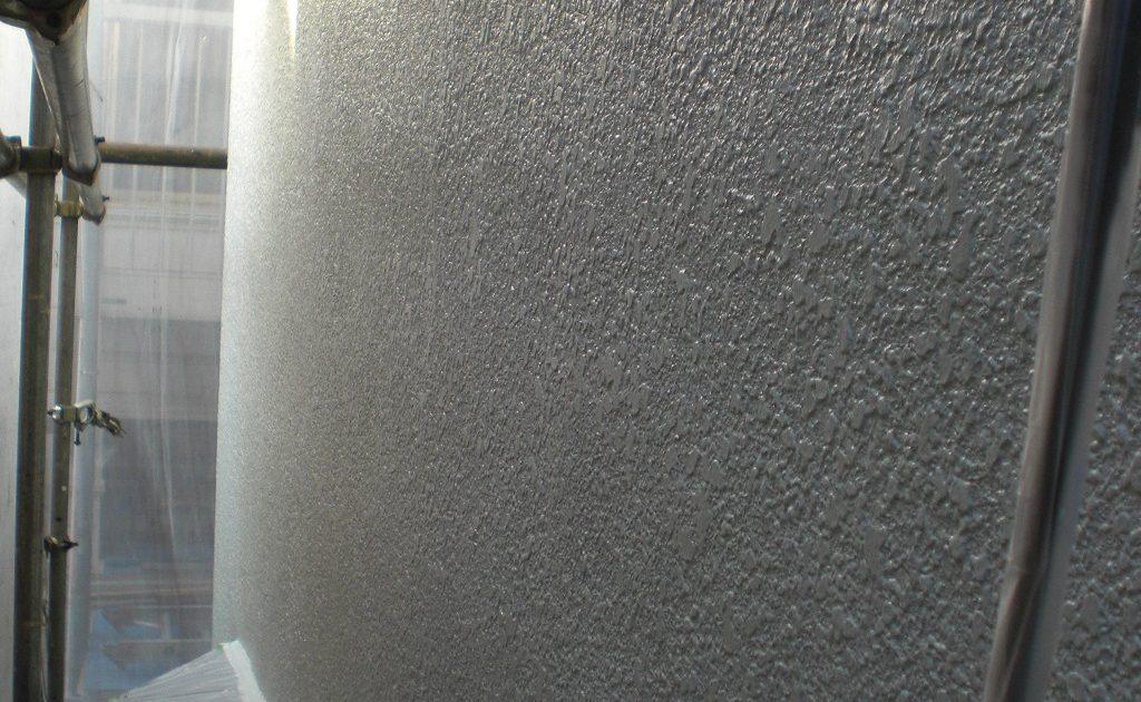 外壁の上塗り(二回目)