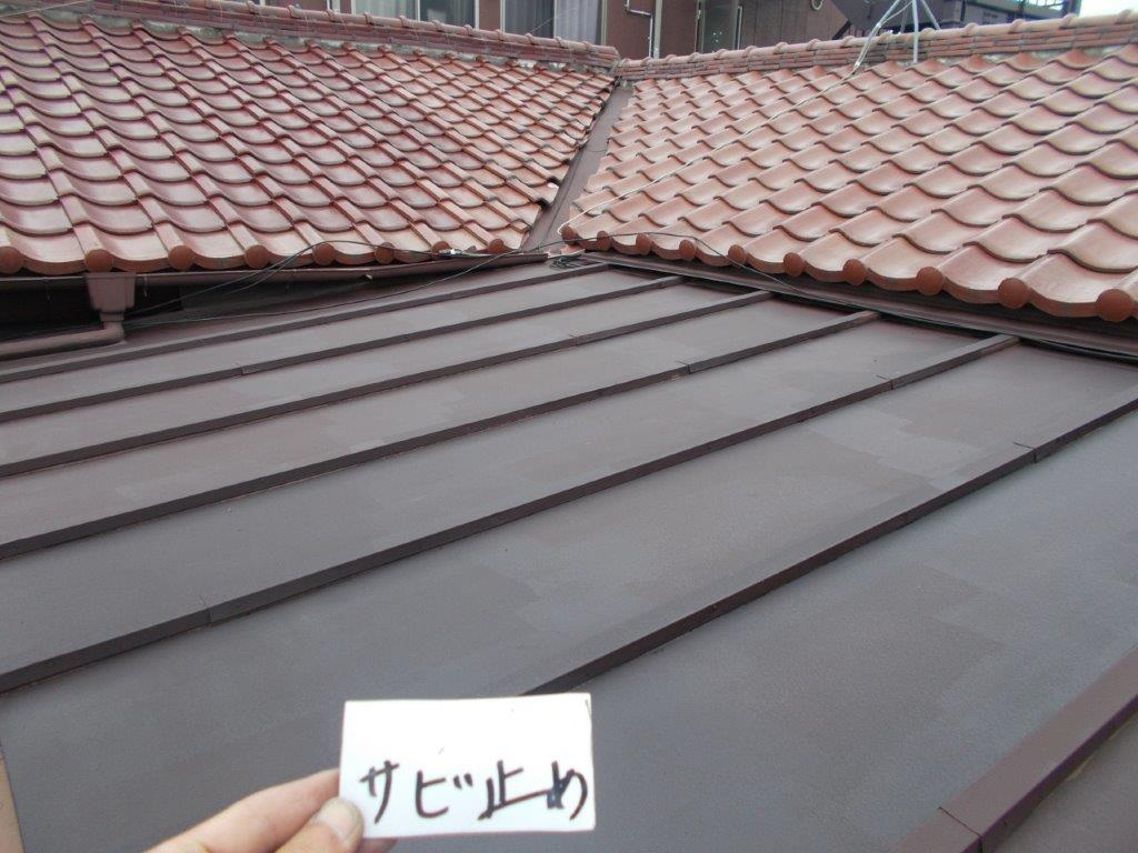 トタン屋根のサビ止め塗装